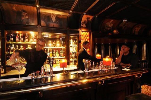 Цікаві місця Марракеша: бар Le Churchill