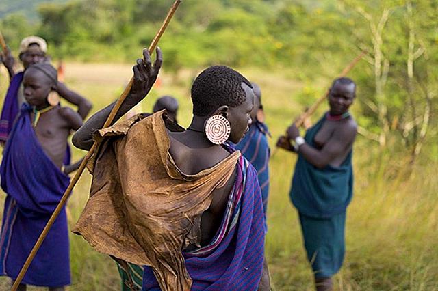 Племена, де може пожити турист: Плем'я Сурі (Ефіопія)