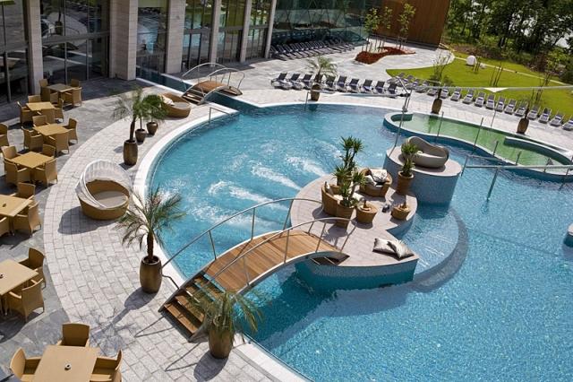 Спа-курорти: Spirit hotel thermal spa