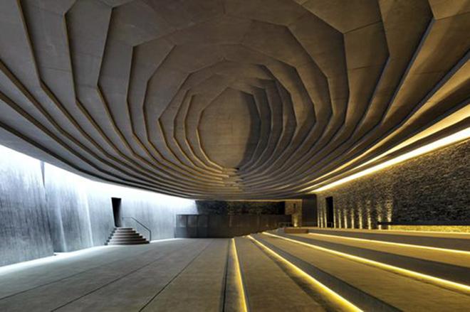 ТОП-5 невероятных сооружений, построенных под землей
