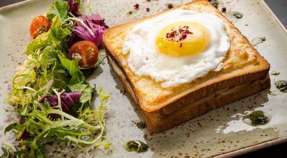 Топ-7 завтраков любимому на 14 февраля