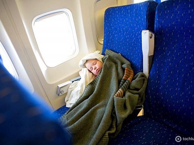 Первый раз лечу на самолете за границу. что и как