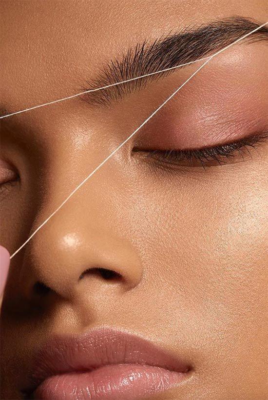 Як видалити волосся на обличчі ниткою