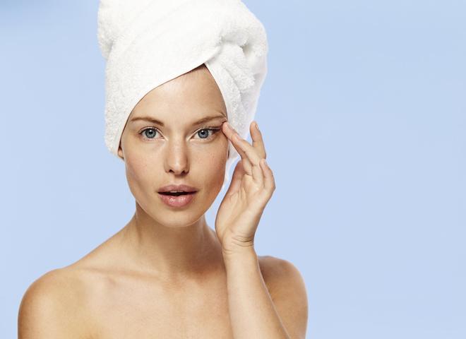 5 типичных ошибок в уходе за кожей вокруг глаз