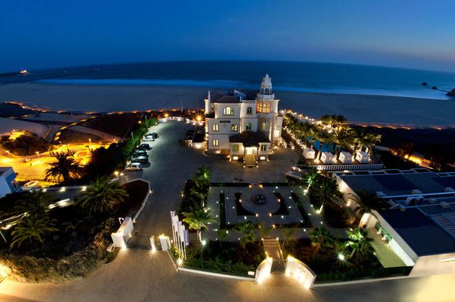 15 наймістичніших готелів світу