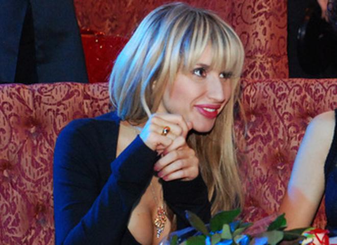 Светлана Лобода в компании подруг