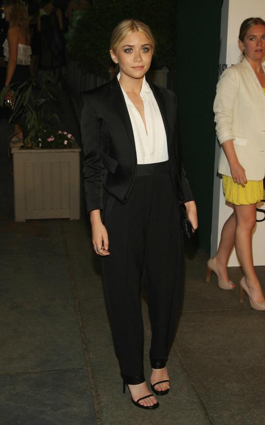 Зірки у вбраннях Calvin Klein