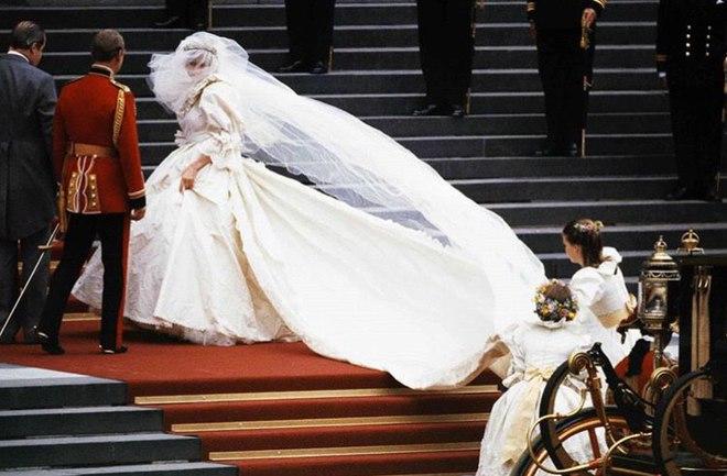 39 років від дня весілля принца Чарльза і принцеси Діани