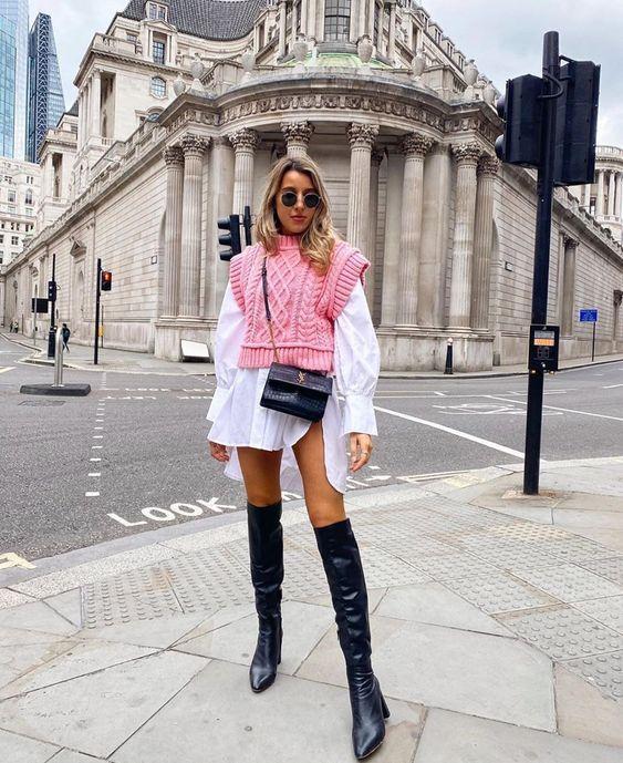 Как модно носить вязаный жилет весною 2021