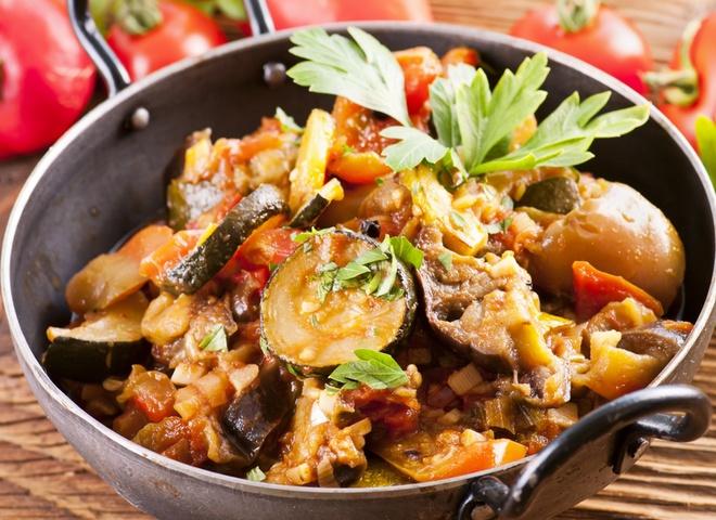 баклажаны, овощное рагу