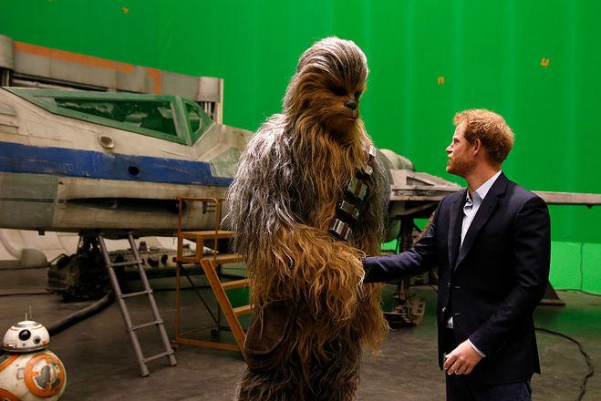"""Принц Гаррі на знімальному майданчику """"Зоряних війн"""""""