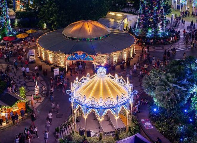 В Сингапуре открылась большая рождественская ярмарка