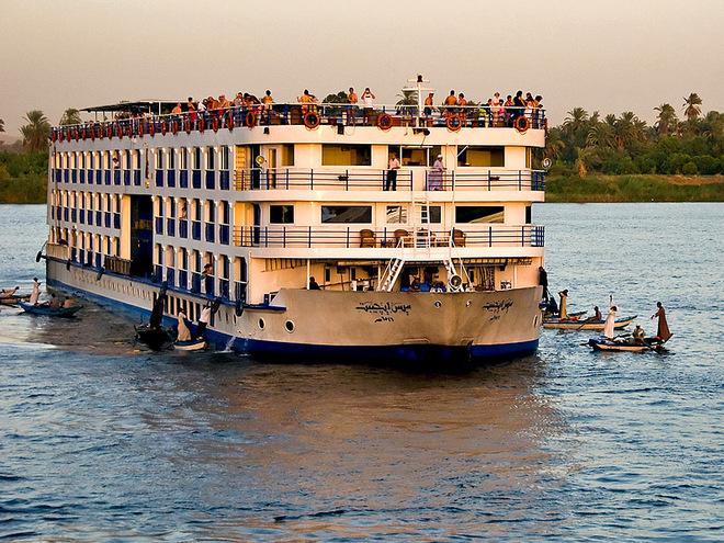 Влаштувати круїз по Нілу
