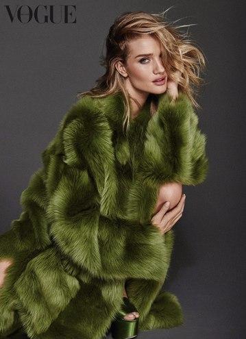 Розі Хантінгтон-Уайтлі для Vogue Germany (серпень, 2016)