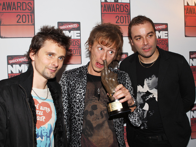 Nme awards 2009 самая сексуальная женщина видео