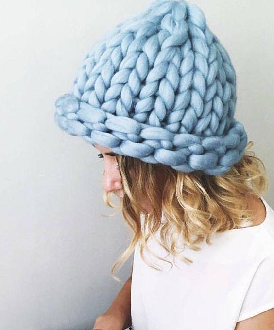 5 різних шапок, які варто купити прямо зараз