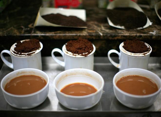 Дегустатор кофе различает тысячу его ароматов
