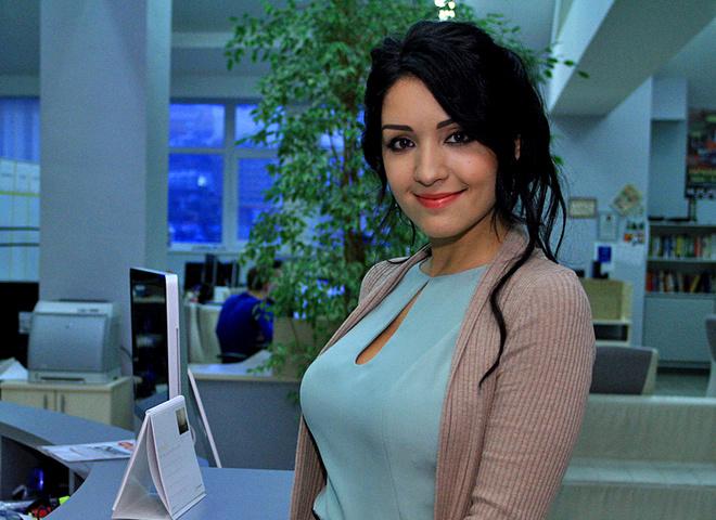 Аліна Завальська