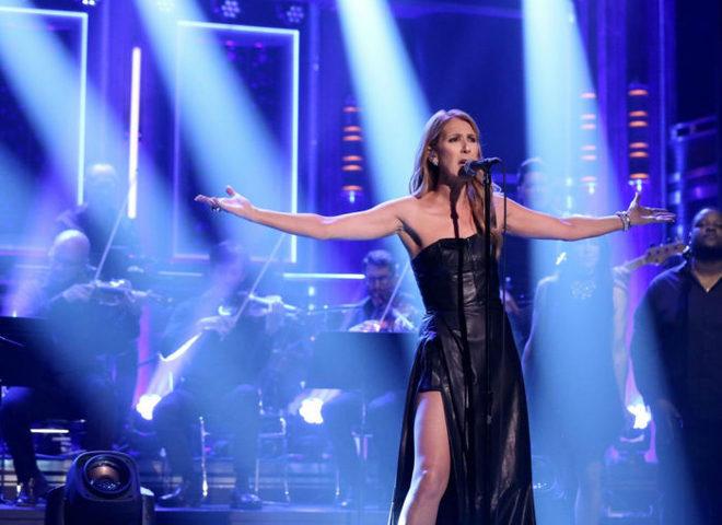 Селін Діон в сукні від August Getty