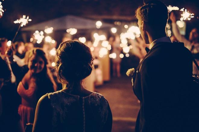 Женская вечеринка 8 Марта: развлекаемся с любимыми подругами