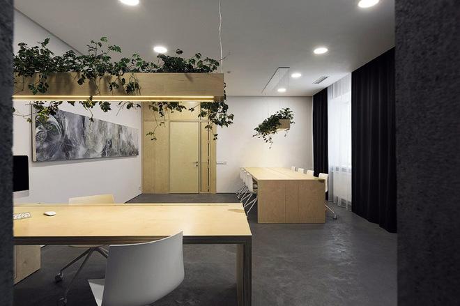 Чиновницький кабінет з демократичним дизайном