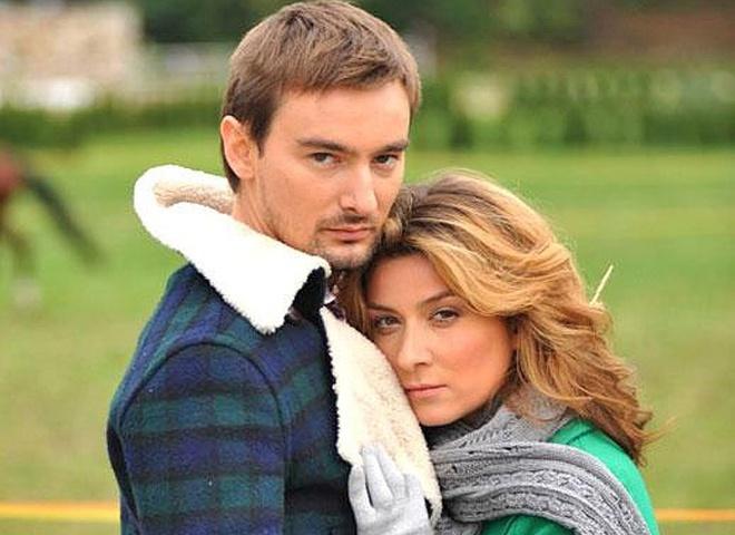 Алан Бадоєв з дружиною