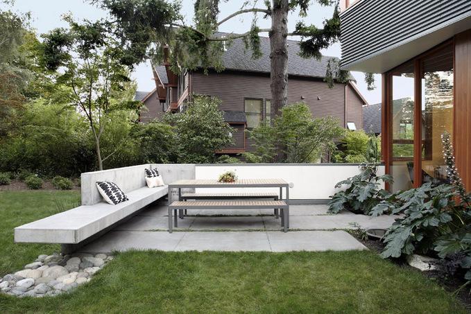 Примеры скамеек в ландшафтном дизайне