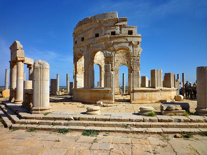 10 приголомшливих місць без туристів