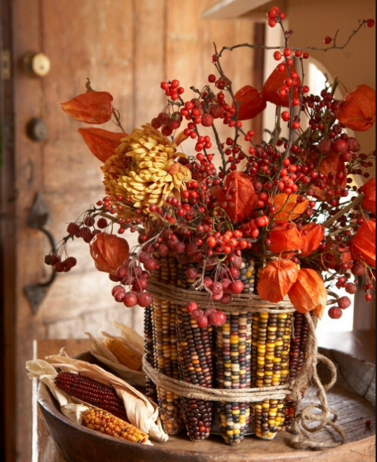 Осенний декор с физалисом