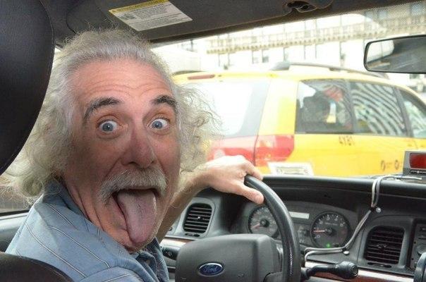 Обычный таксист города Нью-Йорк