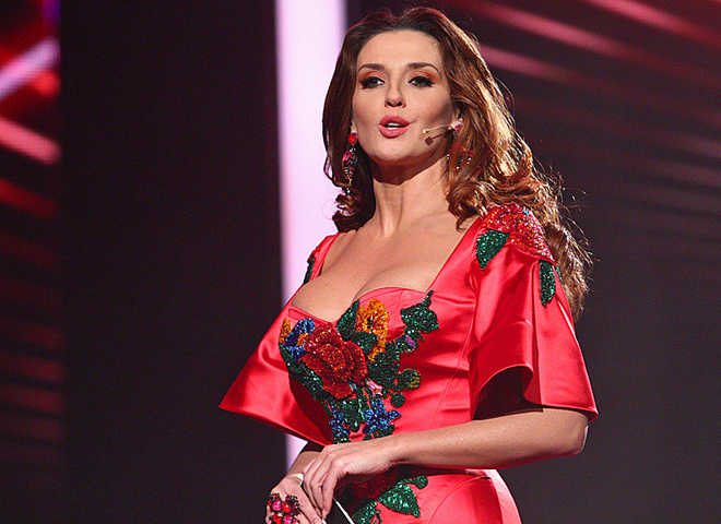 Марченко приятно удивила платьем