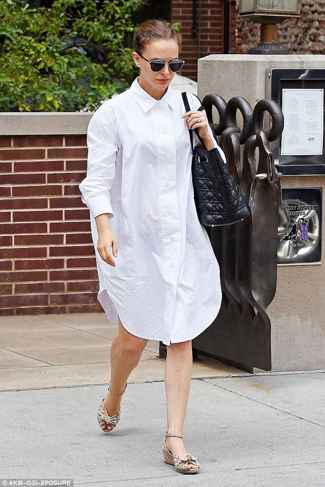 Lady in white: как Натали Портман носит белый цвет