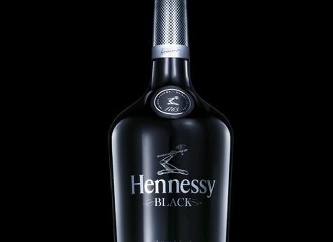 Hennessy рекламує  «інший коньяк»