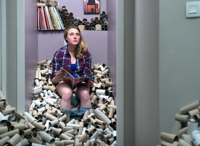 """""""# 365 Unpacked"""": художник показав, як виглядає побут, якщо не викидати сміття 4 роки"""