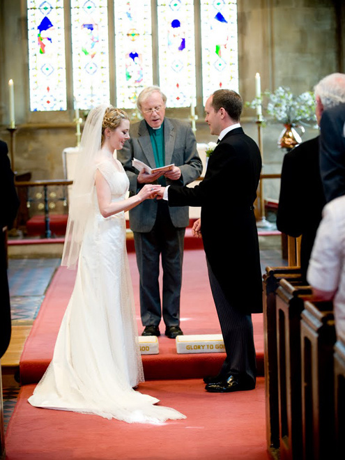 the now wedding essay Ielts sample essay: people now spend a lot of money on their wedding while marrying couples should be allowed to choose the kind of wedding they should have.