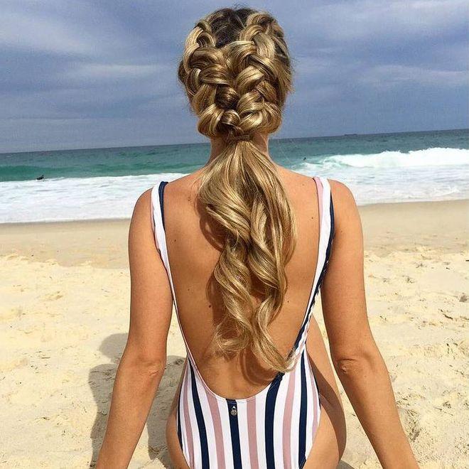 Прически на пляж
