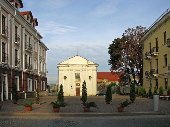 Каменец-Подольский, достопримечательности: Францисканский монастырь