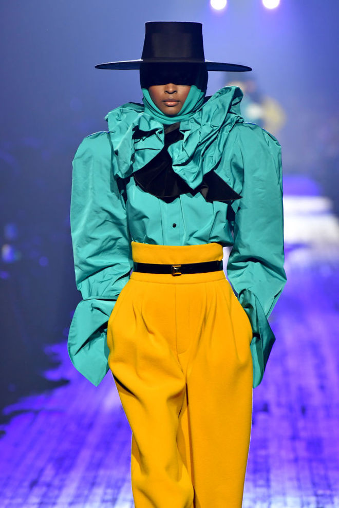 Желто-голубые наряды