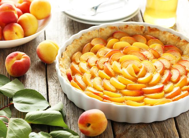 Пиріг з абрикосами рецепт