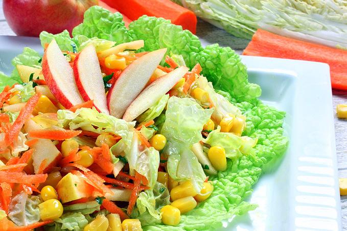 Салат з пекінською капустою