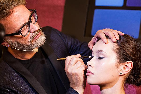 3 культових макіяжі Yves Saint Laurent