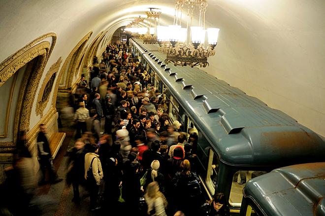 5 місць, де туристу краще не бувати в понеділок: Московське метро, Росія