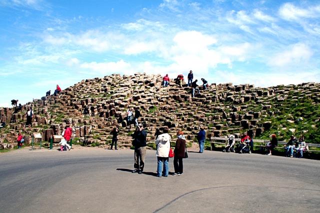 «Брітаноманія»: 5 романтичних пам'яток країни - Дорога гігантів