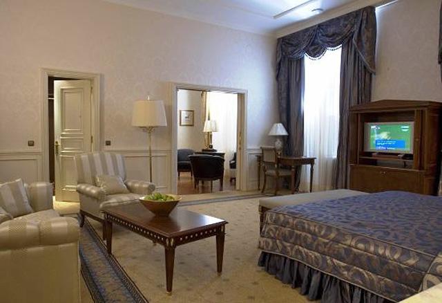 Самые дорогие номера в украинских отелях: Премер Палас, Киев