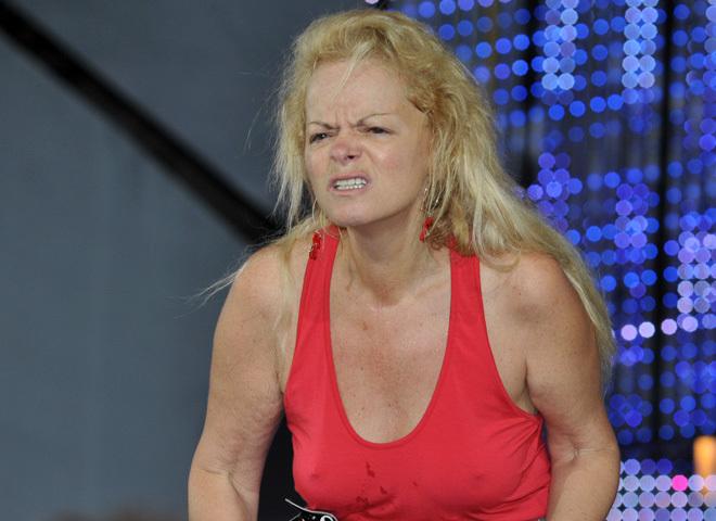Анастасия костенко диетой довела себя до истощения.