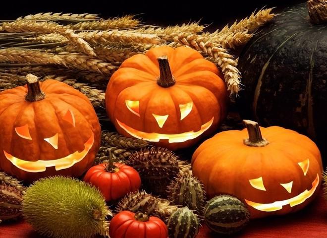 Рецепты на Хэллоуин: приготовь яркие закуски и напитки