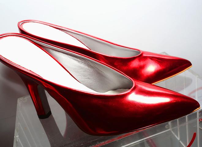 Памела Андерсон разработала коллекцию обуви