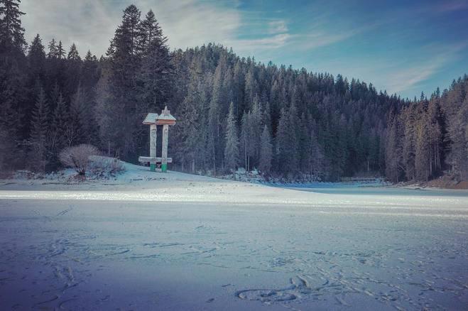 Тур выходного дня на озере Синевир: чем занятся (фото)