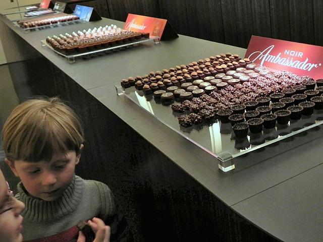 Фото шоколадна фабрика (Cailler, Broc Швейцарія)