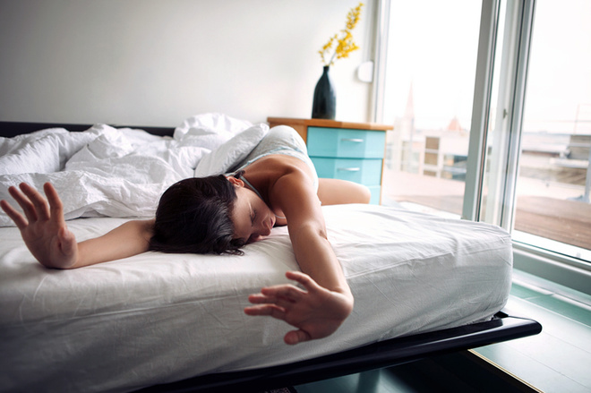 Как заставить себя просыпаться пораньше